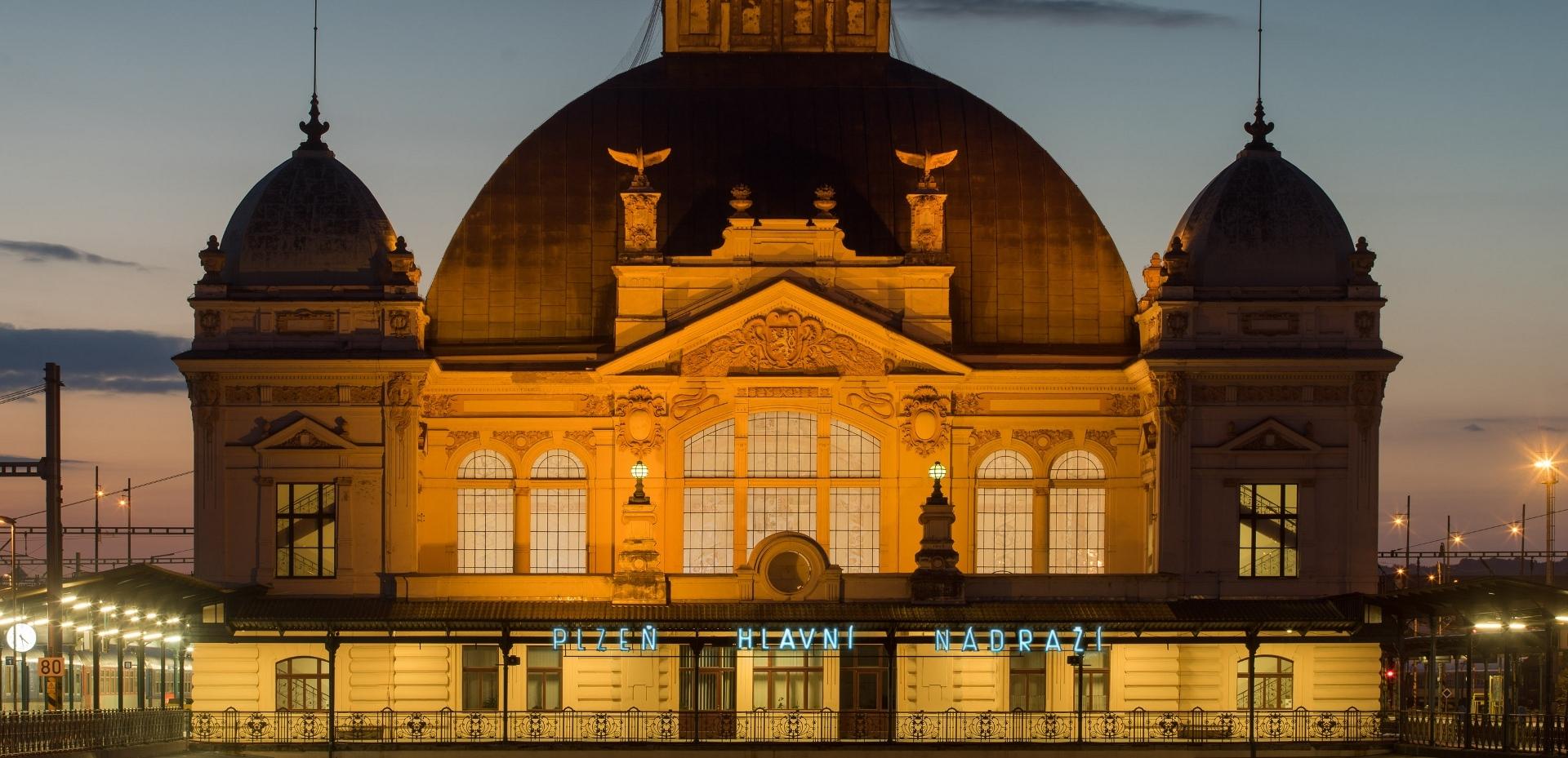 Budova Plzeň hlavní nádraží