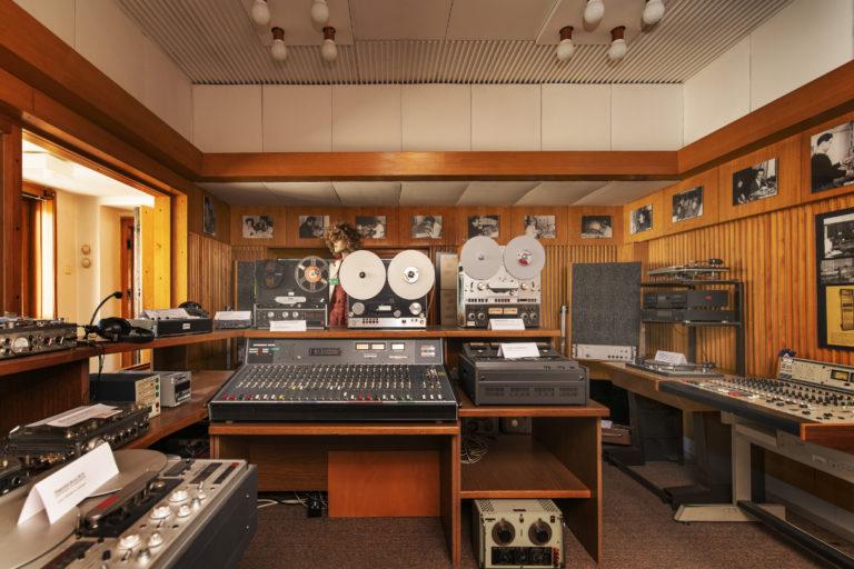 Historické rozhlasové studium rozhlas plzeň