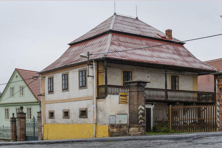 muzeum dvoutaktů Plzeň Lobzy budova